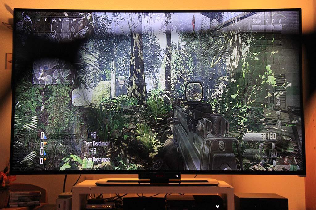 how to play split screen on cod ww2
