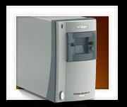 Negatieven vast in een Nikon CoolScan V ED (LS-50) …